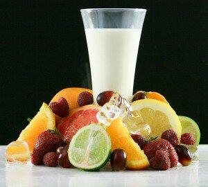 Кефир и фрукты